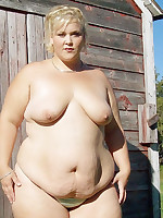 Young fat girls enjoying their nude time - Chubby Naturists