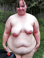 Nude fat mothers, some are also plumpers - Chubby Naturists